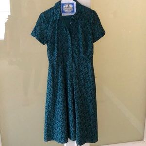 Ann Taylor teal green eyelet with black stitching